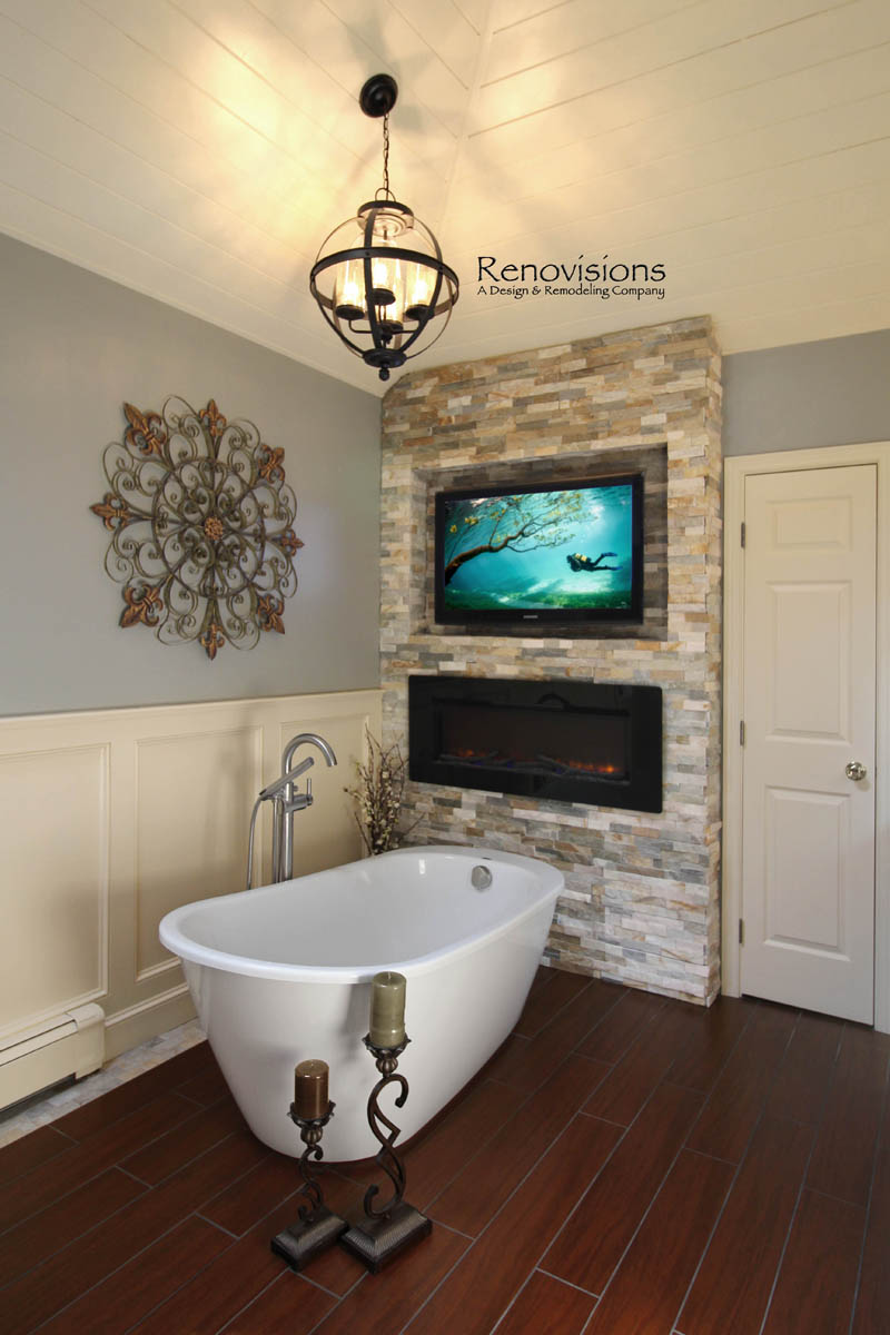 Trends in baths 2016 renovisions blog for Bathroom with fireplace and tv